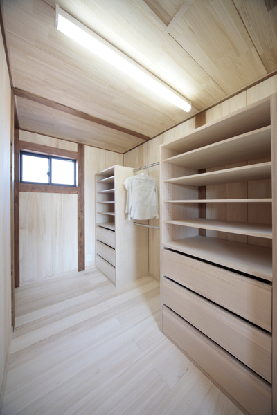 桐の収納部屋