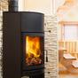 コラム「暖炉と薪ストーブの違いとは」のサムネイル画像