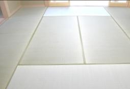 和室の畳は五分べり