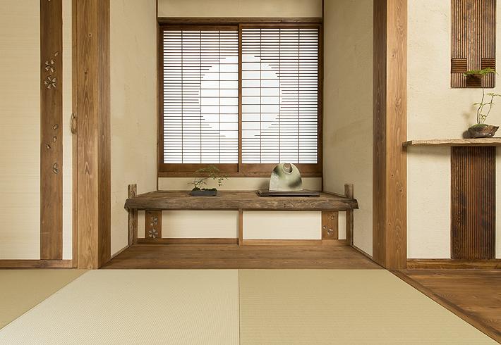 障子、襖、畳に繊細な意匠が垣間みられ、作り手の磨き抜かれた感性と美意識があらわれる。