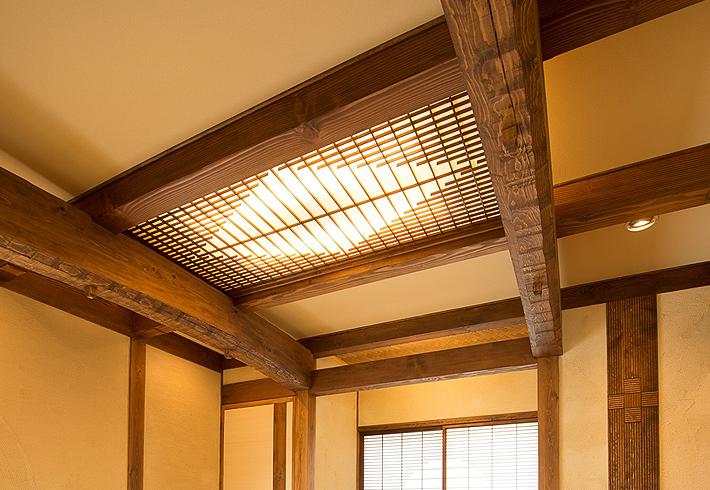 和室を暖かく包む照明器