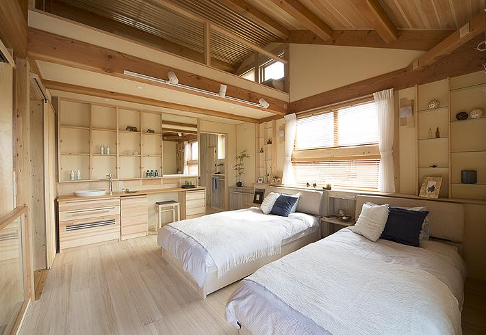 桐に包まれた身体にやさしい寝室