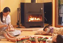 底冷えする部屋を暖める!温水床暖房