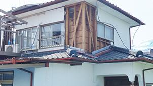 崩壊してしまった建物の例3. 築5年