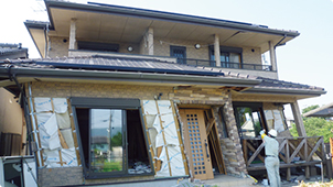 崩壊してしまった建物の例5. 築5年
