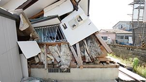 崩壊してしまった建物の例8. 築12年